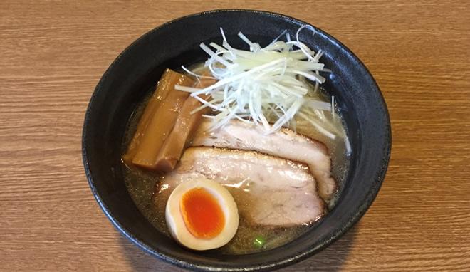 濃厚鶏白湯ラーメン 写真